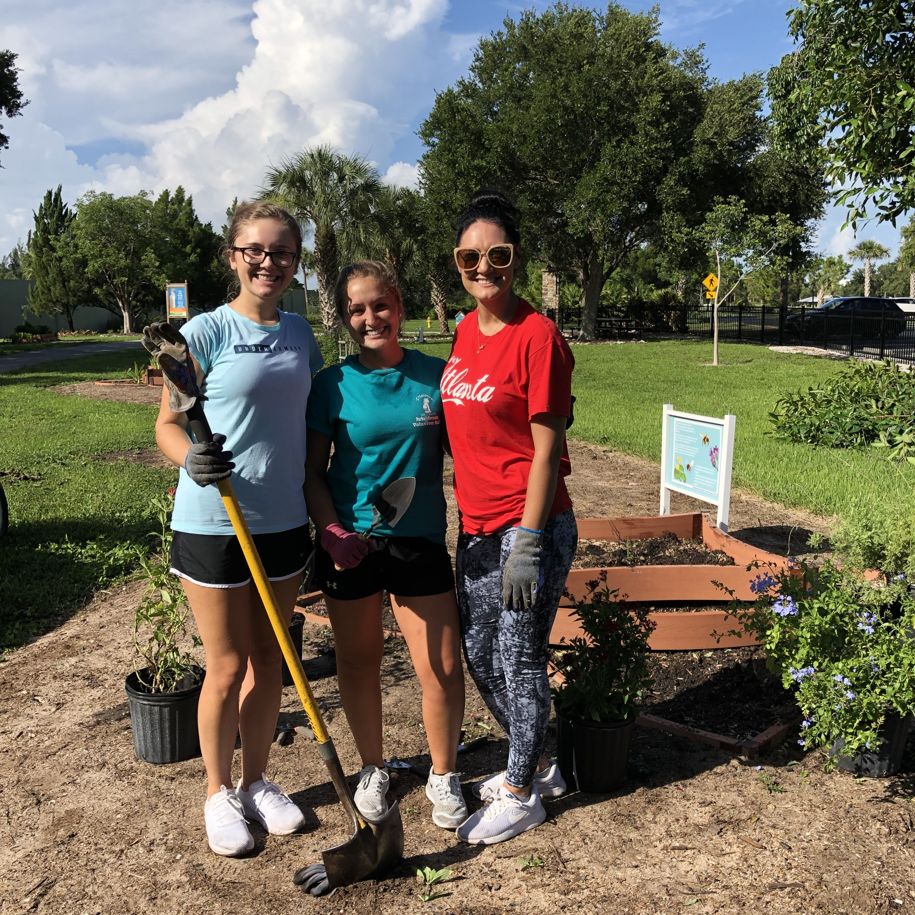 Student volunteers at Lakes Park rocked the gardens on July 23rd - thank you Gabby, Michelle, and Sarah!