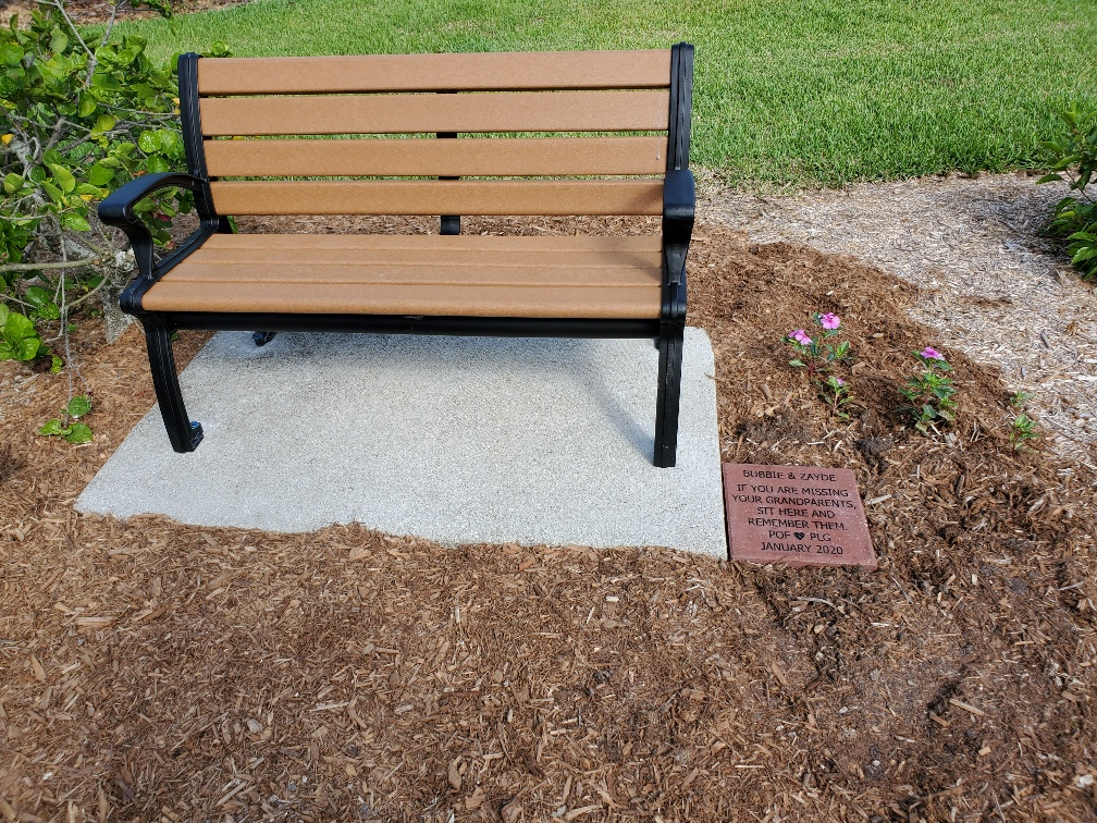 Bench donated to the Fragrance Garden at Lakes Park by the Endrinal family